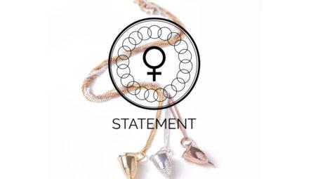 STATEMENT by Lann är ett svenskt smyckesmärke grundat av mor och dotter. Designat av oss i Sverige och producerat i Sydafrika. När du handlar så stöttar du våra rättvisa mensprojekt i vår ideella förening My Period is Awesome. Vi har verksamhet i Sydafrika, Namibia och Sverige.